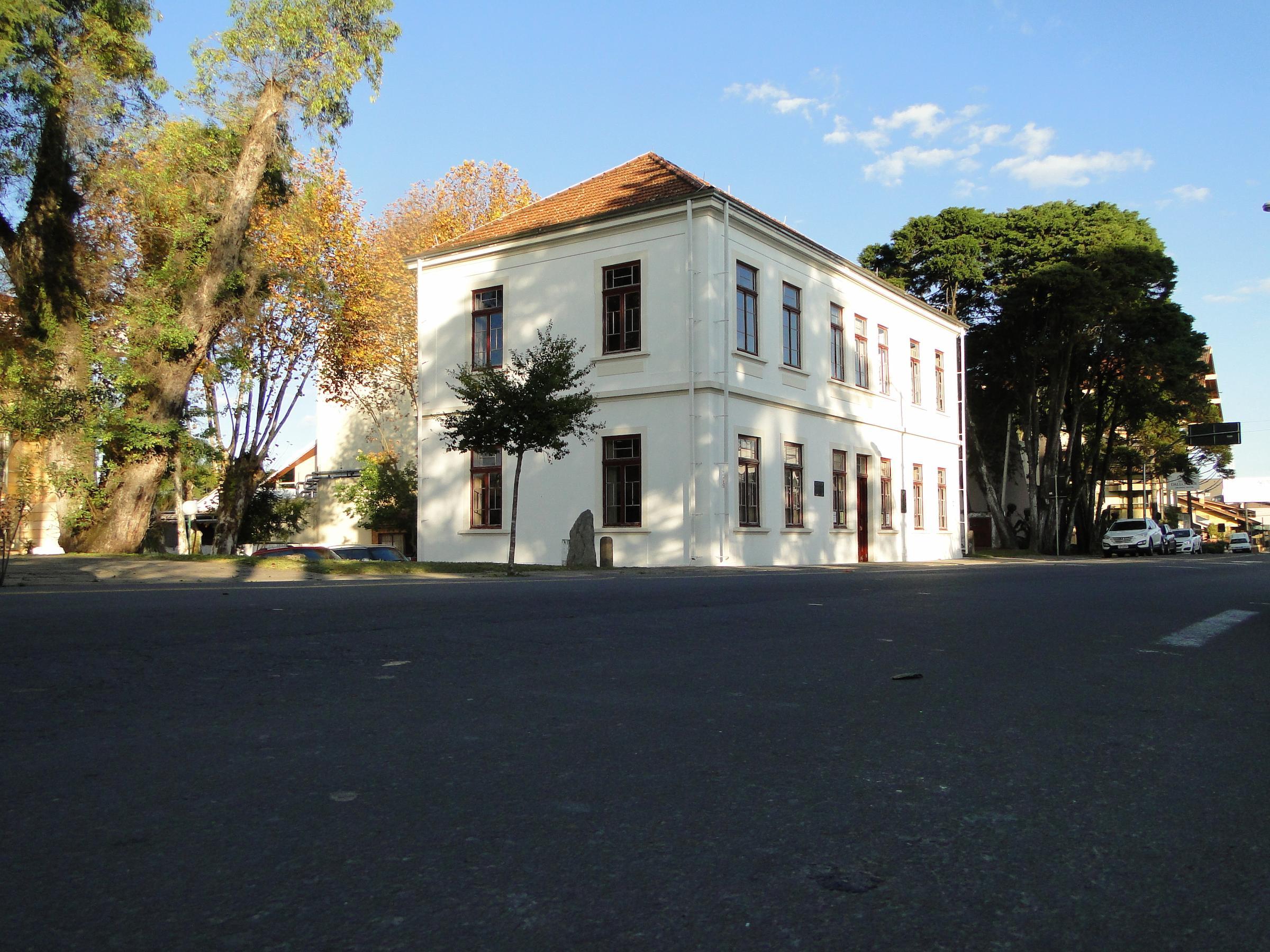 Foto do exterior do prédio do Museu do Imigrante